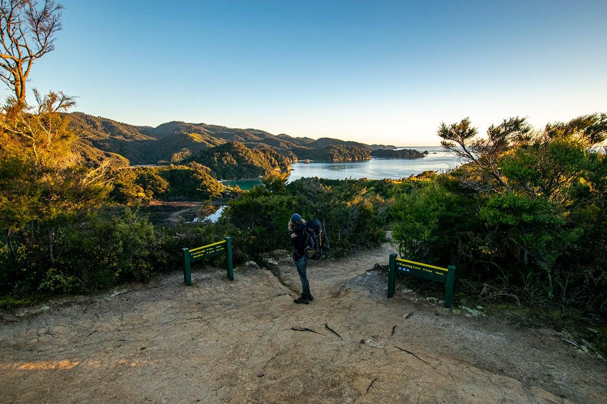 Panorama sur le parc national Abel Tasman (îile du Sud de Nouvelle Zélande)