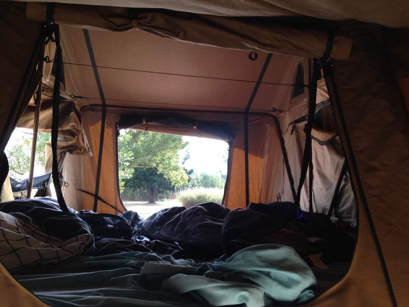 Rooftop tent ou tente de toit, très pratique pour voyager en 4x4 en Australie
