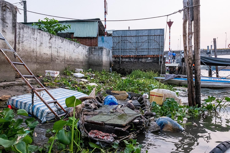 Les déchets dans le delta du mékong