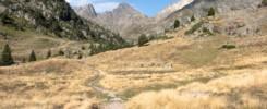 vallée du marcadau en montant vers le refuge wallon