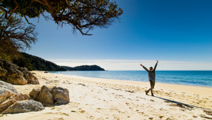 trek dans le parc national Abel Tasman sur l'île du Sud de Nouvelle Zélande